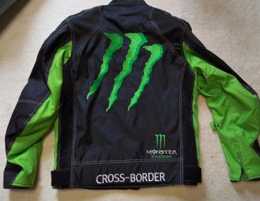 モンスターエナジーバイクジャケット(中国製)を買った